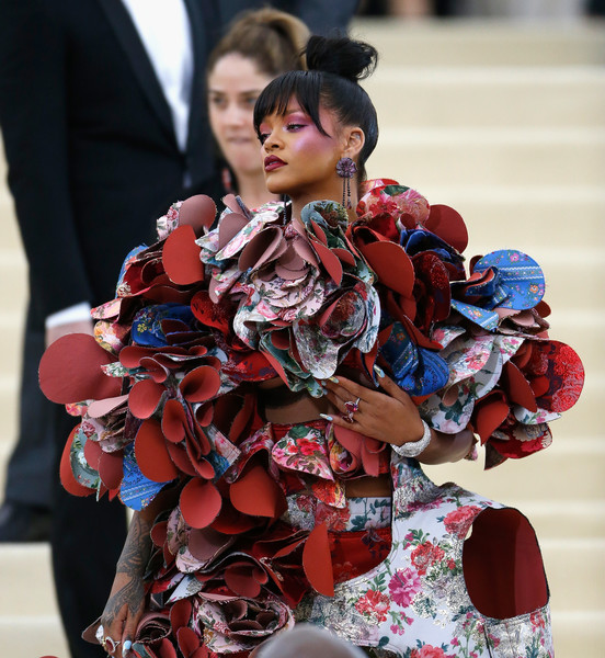 Rihanna Photos Photos -  Rei Kawakubo Comme des Garcons  Art of the ... 1cb6bbac052a