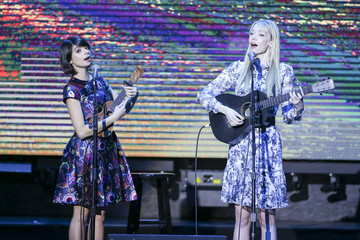 Riki Lindhome 'Keep It Clean' To Benefit Waterkeeper Alliance