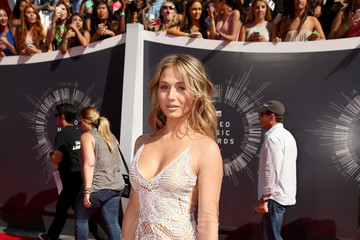Rita Volk Arrivals at the MTV Video Music Awards — Part 2