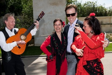 Rob Brydon Viking Cruises Serenades Chelsea Flower Show With Spanish Culture