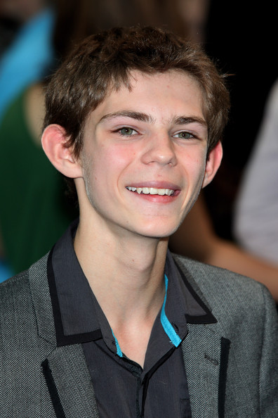robbie kay eye color