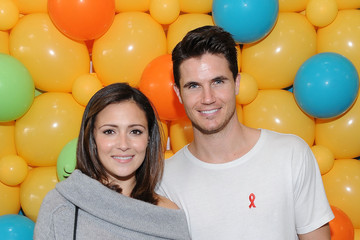 Robbie Amell Elizabeth Glaser Pediatric AIDS Foundation 26th Annual A Time for Heroes Family Festival - Inside