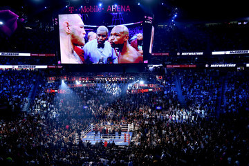 Robert Byrd Floyd Mayweather Jr. v Conor McGregor