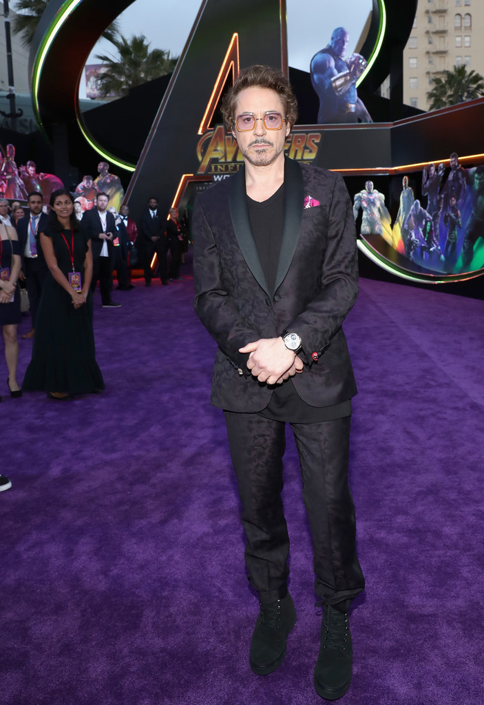 http://www1.pictures.zimbio.com/gi/Robert+Downey+Jr+Los+Angeles+Global+Premiere+TcAzxrre0S3x.jpg