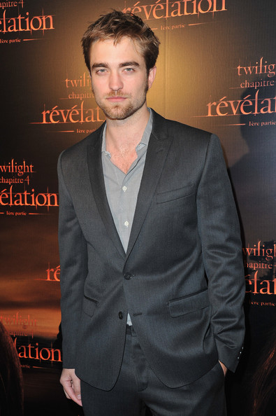 Articulos Sobre Rob - Página 29 Robert+Pattinson+Twilight+Saga+Breaking+Dawn+WvOAcnGXqzcl