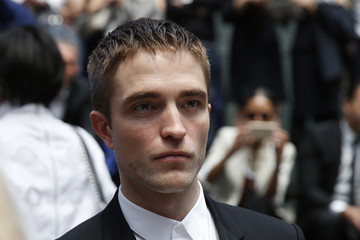 Robert Pattinson Dior Homme : Arrivals - Paris Fashion Week - Menswear ...