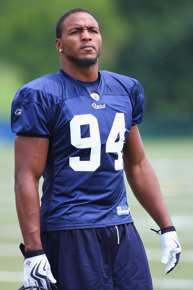 The 28-year old son of father (?) and mother(?), 193 cm tall Robert Quinn in 2018 photo