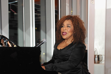 Roberta Flack Women's Sports Foundation's 70th Birthday Party For Billie Jean King