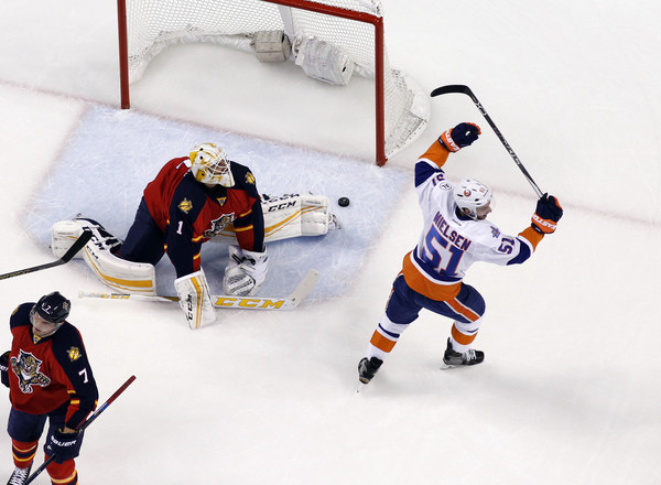 Roberto Luongo Photos Photos New York Islanders V Florida Panthers