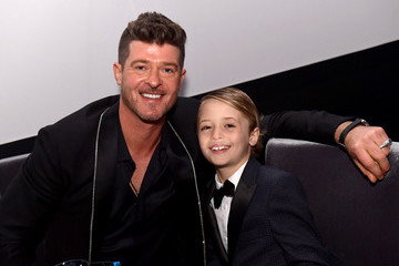 Robin Thicke UCLA IoES Honors Barbra Streisand And Gisele Bundchen At The 2019 Hollywood For Science Gala