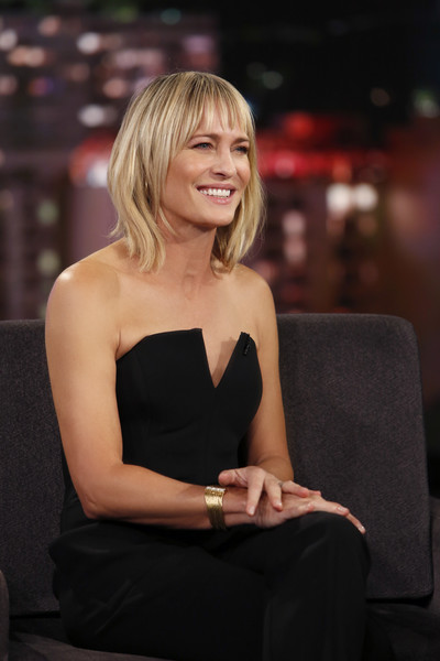 "ABC's ""Jimmy Kimmel Live"" - Season 15 [jimmy kimmel live,season,hair,human hair color,beauty,blond,lady,sitting,girl,hairstyle,shoulder,smile,jimmy kimmel,guests,robin wright,comedians,lineup,human-interest subjects,abc,weeknight]"