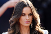 Izabel Goulart Photos Photo