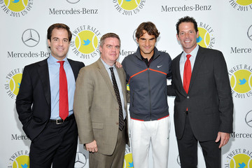 Blair Creed Roger Federer Gives Away 20 Pairs of U.S. Open Tickets At Mercedes-Benz Manhattan