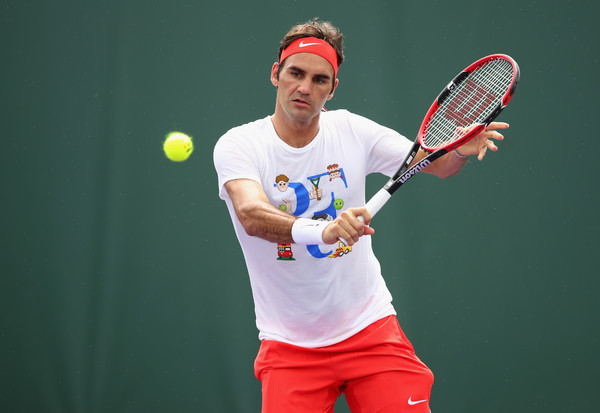 VIDEO: Roger Federer Attracts Thousands To A Training Session In Perth