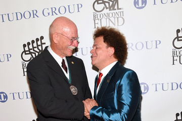 Romero Britto 32nd Annual Great Sports Legends Dinner To Benefit The Miami Project/Buoniconti Fund To Cure Paralysis - Arrivals