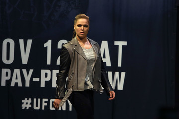 Ronda Rousey UFC 205: Weigh-ins
