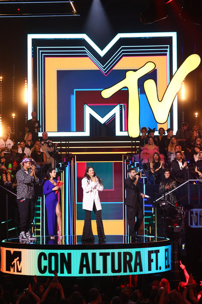 MTV EMAs 2019 - Show [stage,performance,event,musical theatre,heater,music,performing arts,stage equipment,crowd,rosalia,el guincho,stage,best collaboration award,seville,spain,exhibition centre,mtv,emas 2019 - show,fibes conference]
