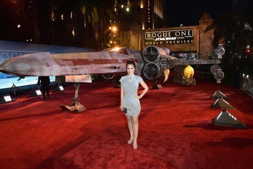 Rosanna Pansino The World Premiere of 'Rogue One: A Star Wars Story'