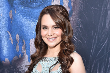 Rosanna Pansino Premiere Of Universal Pictures' 'Warcraft' - Red Carpet