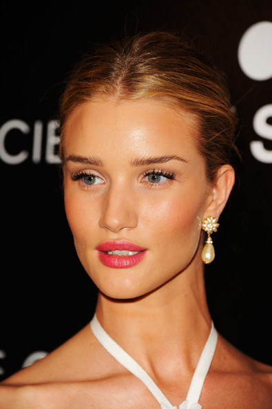"Rosie Huntington-Whiteley - Lionsgate with The Cinema Society & TW Steel host the premiere of ""Safe""- Arrivals"