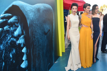 Ruby Rose Jessica McNamee Warner Bros. Pictures And Gravity Pictures' Premiere Of 'The Meg' - Red Carpet