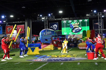 Russell Wilson Christian McCaffrey Nickelodeon's Double Dare Takes The Gridiron At Super Bowl LIII