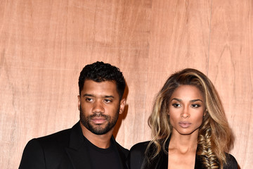 Russell Wilson Givenchy : Front Row  - Paris Fashion Week Womenswear Fall/Winter 2016/2017