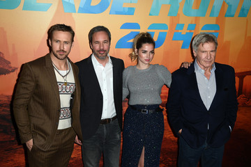 Ryan Gosling 'Blade Runner 2049' Photocall at Le Bristol in Paris
