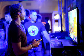 Ryan Hansen Xbox One E3 Showcase Party