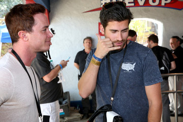 Ryan Kelley Samsung And Six Flags Debut The First  Virtual Reality Coaster Powered By Samsung Gear VR At Six Flags Magic Mountain