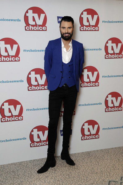 TV Choice Awards - Red Carpet Arrivals [suit,carpet,outerwear,event,footwear,red carpet,blazer,flooring,formal wear,advertising,red carpet arrivals,rylan clark,tv choice awards,the dorchester,london,england]