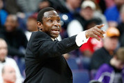 Head coach Avery Johnson of the Alabama Crimson Tide gives instructions to his team during the 81-63 win over the Auburn Tigers during the quarterfinals round of the 2018 SEC Basketball Tournament at Scottrade Center on March 9, 2018 in St Louis, Missouri.