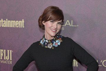 Sara Rue Entertainment Weekly And L'Oreal Paris Hosts The 2018 Pre-Emmy Party - Arrivals
