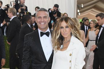 Sarah Jessica Parker Andy Cohen 'Manus x Machina: Fashion In An Age of Technology' Costume Institute Gala - Arrivals