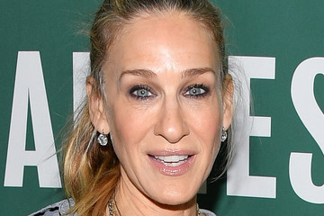 Sarah Jessica Parker Fatima Farheen Mirza In Conversation With Sarah Jessica Parker And Lisa Lucas