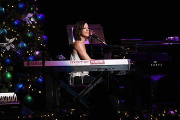 Sarah Mclachlan WCBS-FM 101.1's 'Holiday In Brooklyn' - Performances
