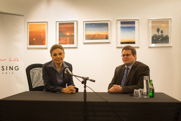 Sascha Hellen Empress Farah Diba Pahlavi Press Conference