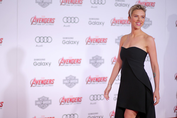 Premiere Of Marvel's 'Avengers: Age Of Ultron' - Arrivals [avengers: age of ultron,shoulder,clothing,dress,fashion model,carpet,cocktail dress,red carpet,premiere,joint,fashion,scarlett johansson,arrivals,california,hollywood,dolby theatre,marvel,premiere]