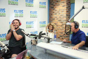 Scooter Braun Tori Kelly Visits 'The Elvis Duran Z100 Morning Show'