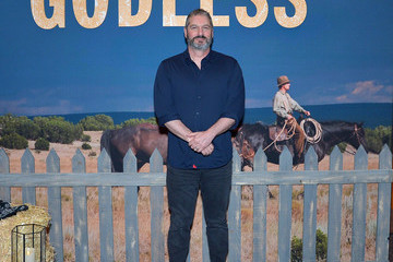 Scott Frank Netflix Celebrates 12 Emmy Nominations For 'Godless'