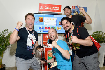Scott Porter Nintendo Hosts Celebrities At 2018 E3 Gaming Convention