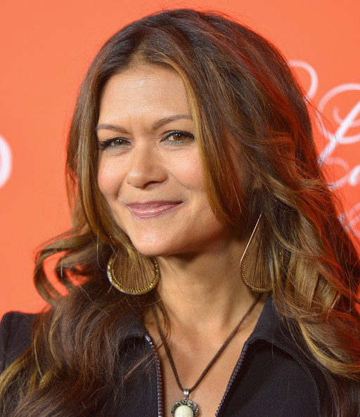 nia peeples inside out