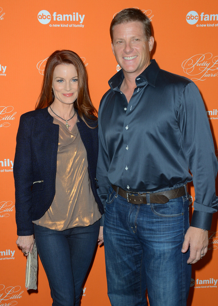 Laura Leighton And Doug Savant Photos Photos Screening Of ABC Familys Pretty Little Liars
