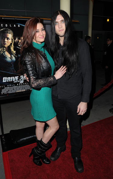 weston cage dating In 1988, cage began dating actress christina fulton, who later bore their son, weston coppola cage (born december 26, 1990) weston was the lead singer of the black metal band eyes of noctum, which broke up in 2012 arsh anubis, his new band of the same genre, was formed in 2011.