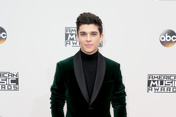 Sean O'Donnell 2016 American Music Awards - Arrivals