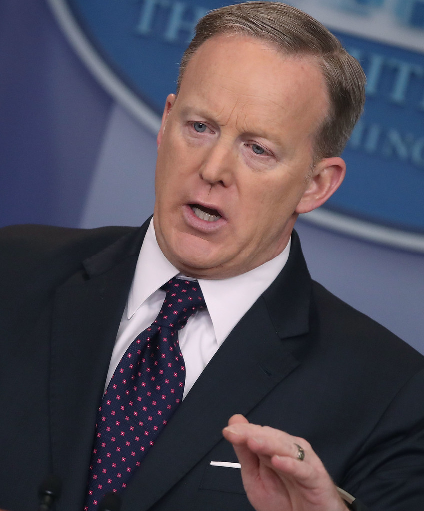 Sean Spicer in Sean Spicer Holds Daily Press Briefing at ...