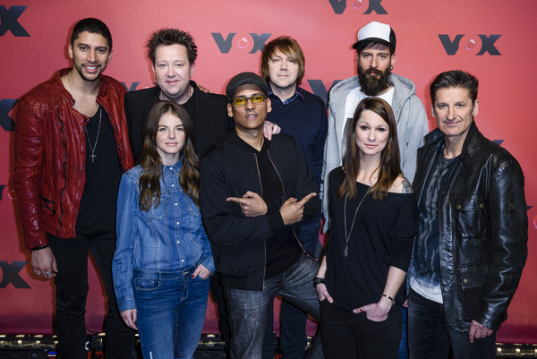 'Sing meinen Song' Photocall [sing meinen song,photocall,social group,event,youth,performance,musical ensemble,photography,musician,team,yvonne catterfeld,andreas bourani,hartmut engler,xavier naidoo,christina stuermer,front row,row,photocall]