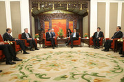 US Secretary of the Treasury Jack Lew (3-L) and Chinese Premier Li Keqiang (3-R) hold a meeting in Zhongnanhai Leadership Compound on February 29, 2016 in Beijing, China.
