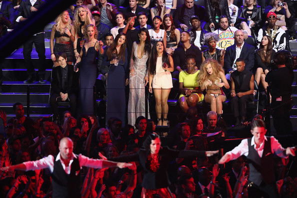 Selena Gomez - Audience at the MTV Video Music Awards