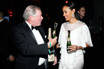 Selita Ebanks Moet & Chandon Toasts To The amfAR Inspiration Gala In New York City